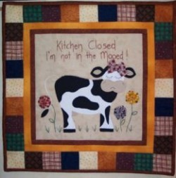 "Mooedy Cow – 18"" Wall hanging Pattern"